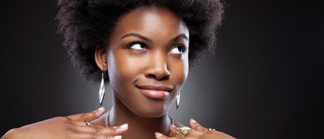 """Tendance maquillage : le """"baking"""" ou l'art de cuire son teint"""
