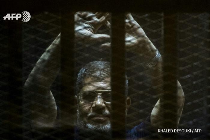 Egypte: la justice annule une peine de prison à vie pour Morsi