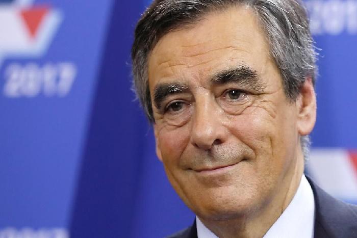 France: François Fillon fait le plein de ralliements