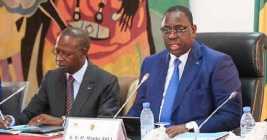 """Série de meurtres: Macky """"sonde"""" les valeurs psycho-sociales des Sénégalais et convoque un forum national"""