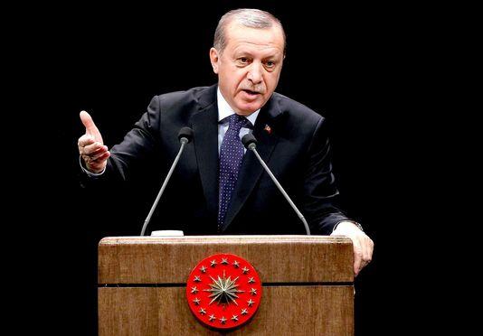 Turquie: Erdogan menace d'ouvrir les frontières aux migrants vers l'Europe