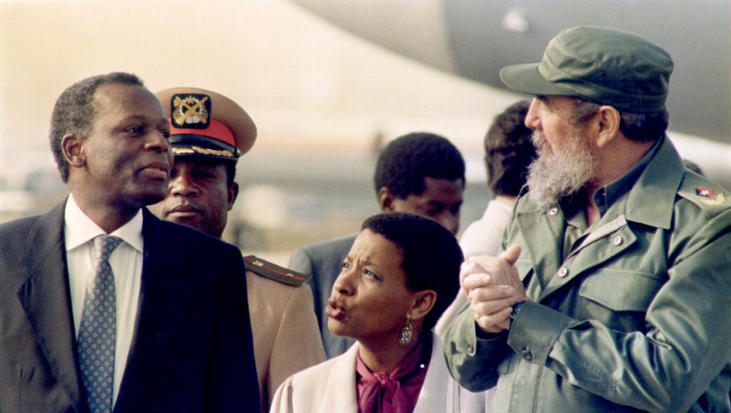Cuba: Fidel Castro, des liens étroits avec l'Afrique