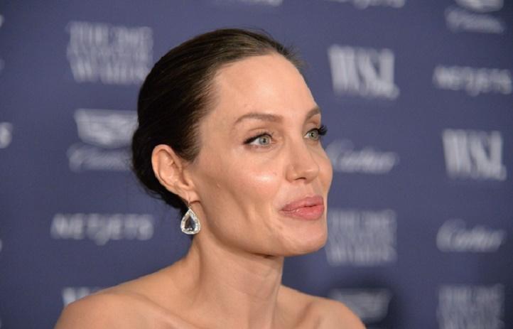 Angelina Jolie ne pèserait plus que 34 kilos...