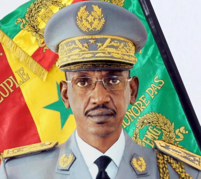 Retraite: l'hommage des Forces armées au CEMGA Mamadou Sow