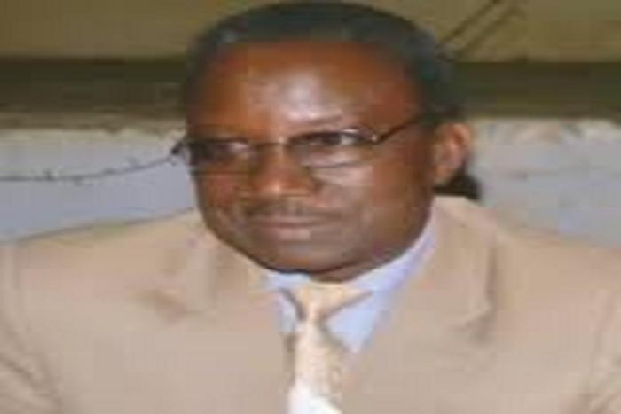 Le coup de sang du général Mansour Niang contre les taximans «Ils sont arrogants et mal élevés et d'autres risquent d'être tués»