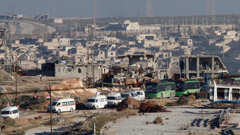 DIRECT. A Alep, les forces du régime suspendent l'opération d'évacuation