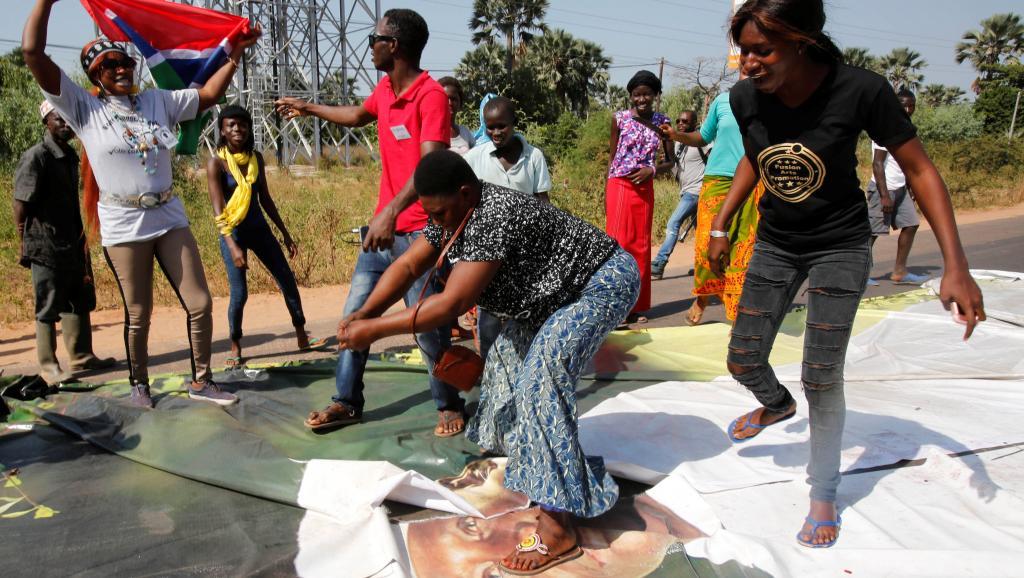 Gambie: la société civile ne baisse pas la garde devant les velléités de Jammeh