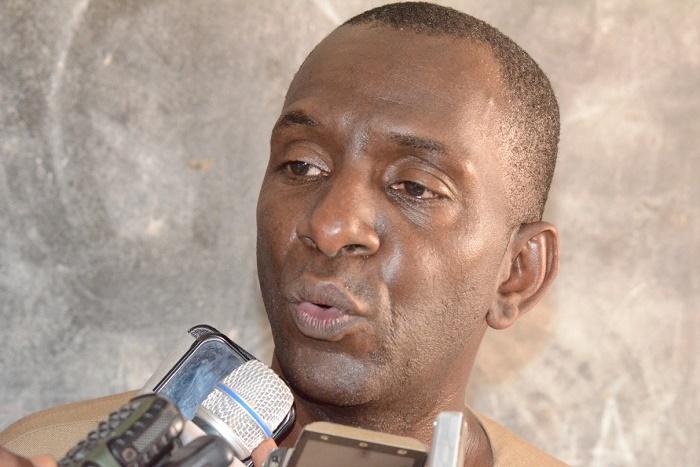 Doumga Ouro Alpha : Abdoul Ly offre une seconde ambulance au Centre de santé
