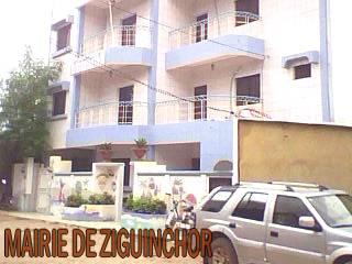 Ziguinchor: la mairie accuse la Douane de «forfaiture» - un don de matériels en cause