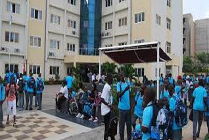 Affaire Yavuz Selim : Serigne Mbaye Thiam rassure les parents d'élèves et travailleurs, « la qualité de l'enseignement sera maintenue et les emplois préservés »