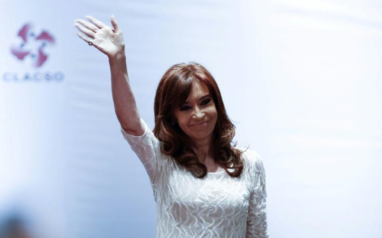 Argentine: l'ex-présidente Kirchner inculpée pour corruption