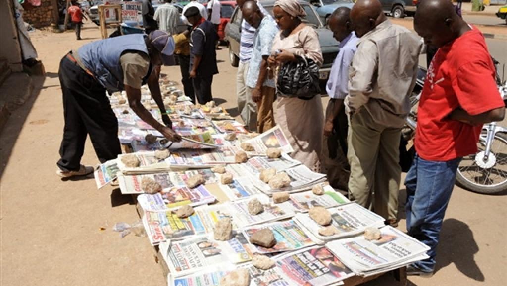 A la Une: Jammeh fait de la résistance