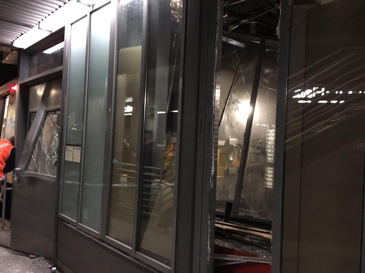 Etats-Unis : un train de banlieue déraille à New York et fait au moins 100 blessés légers