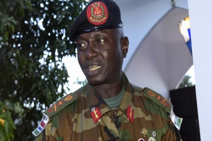 Gambie: le général Ousman Badjie soutient Yahya Jammeh