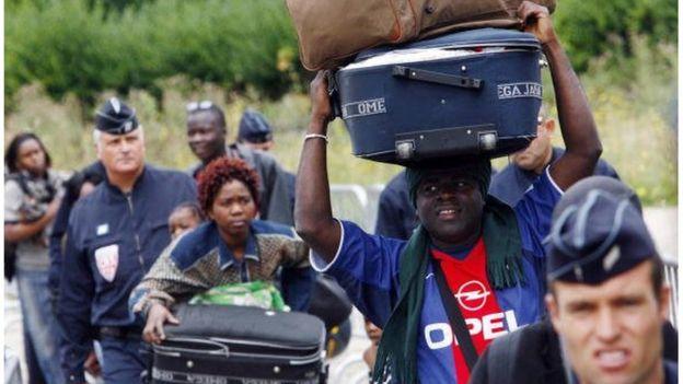 Mali : un contre-sommet pour les sans-papiers avant le sommet Afrique-France