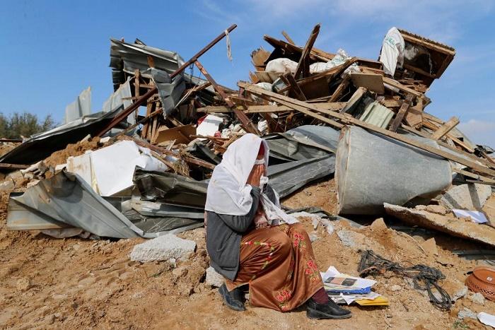 Israël: deux morts dans une opération de destruction d'un village bédouin
