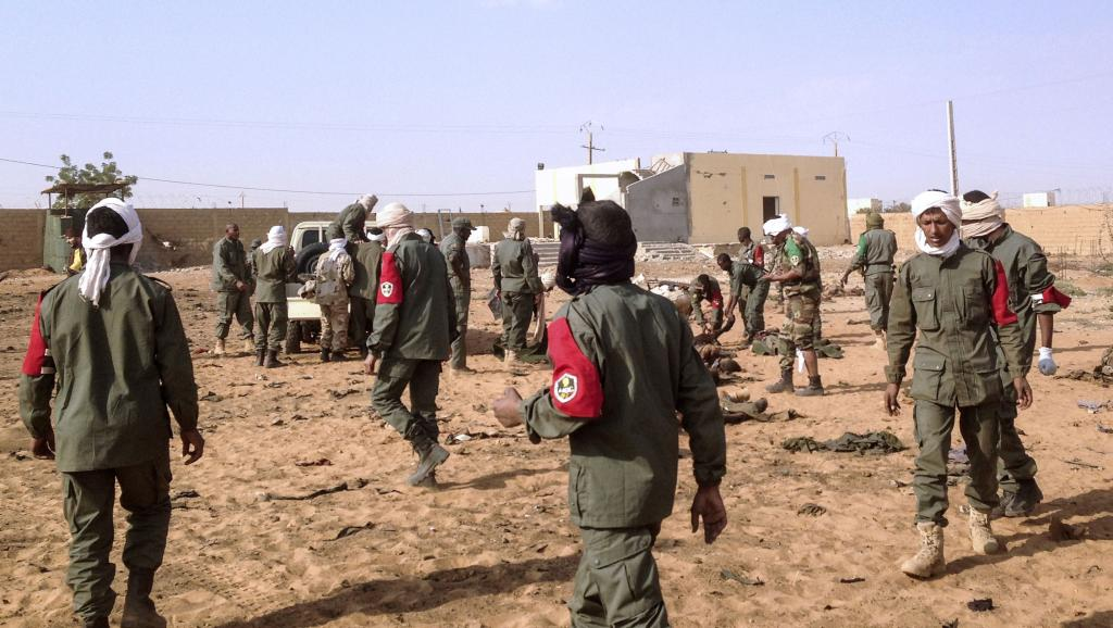 Mali: Bamako rend hommage aux victimes de l'attentat de Gao