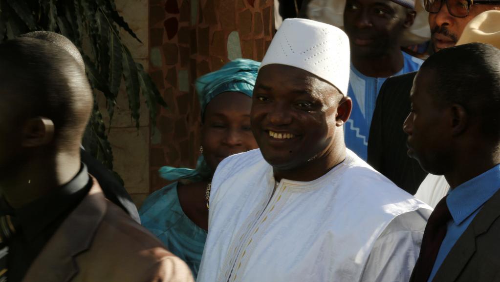 Gambie : Adama Barrow libère les innocents de prison