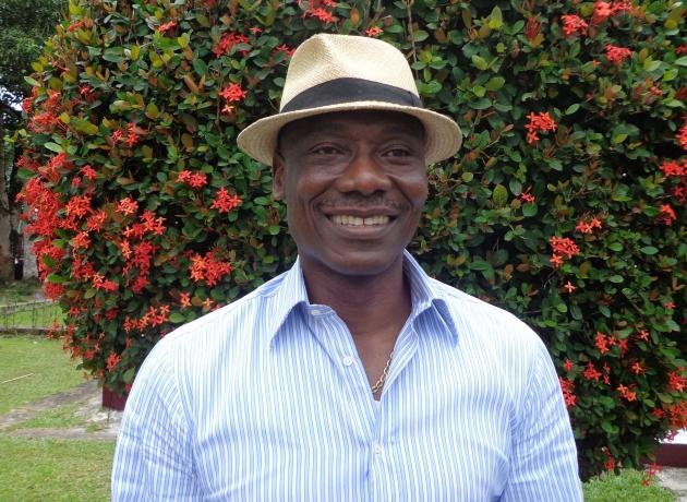 (Revue de presse du mercredi 25 janvier 2017) Joseph Antoine Bell  « le Cameroun ne peut pas gagner le Sénégal »