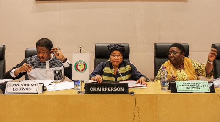 Gambie : la Cedeao va étudier la question du maintien de ses troupes (Président Commission)