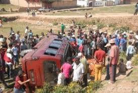 Madagascar : 47 morts et 22 blessés dans un accident de la route après un mariage
