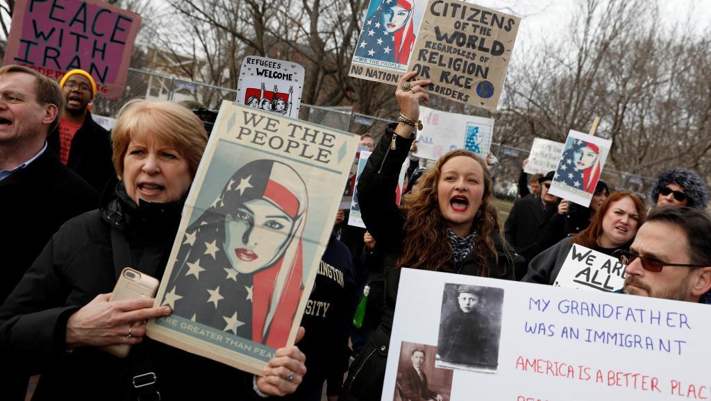 Décret Trump sur l'immigration: la résistance s'organise aux Etats-Unis