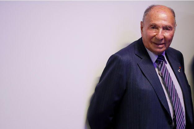 Serge Dassault condamné à cinq ans d'inéligibilité et deux millions d'euros d'amende