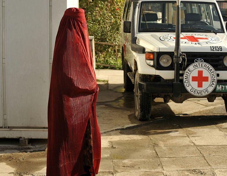 Six employés de la Croix rouge tués en Afghanistan, deux disparus