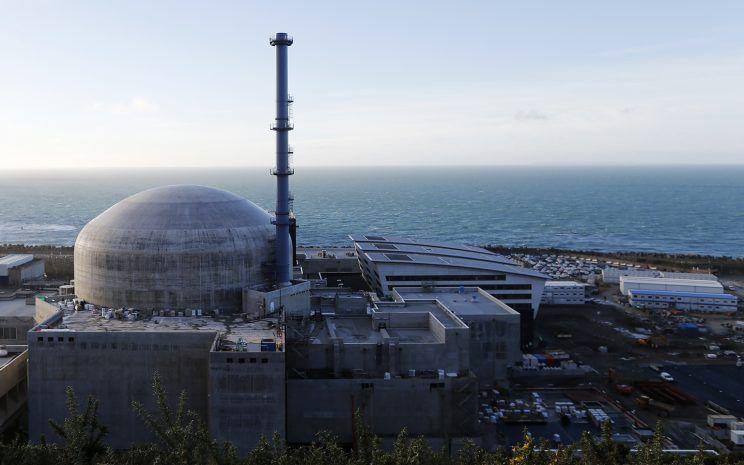 Explosion à la centrale nucléaire de Flamanville : cinq blessés légers intoxiqués