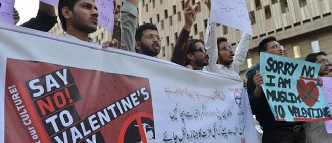  La Saint-Valentin interdite au Pakistan