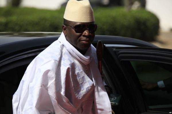 Gambie: Yahya Jammeh quitte son pays avec 3 milliards de dettes