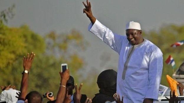 Des Gambiens réclament justice