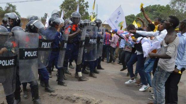 RDC: les forces de l'ordre accusées de meurtres de civils