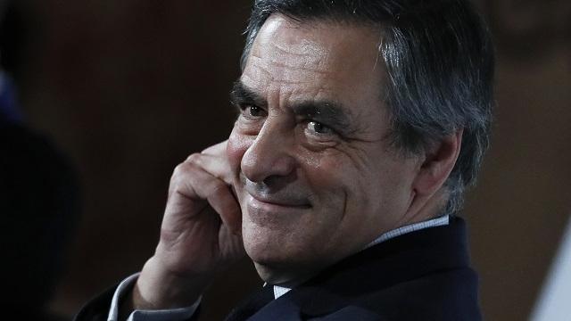 Affaire Fillon : son porte-parole, Thierry Solère, démissionne