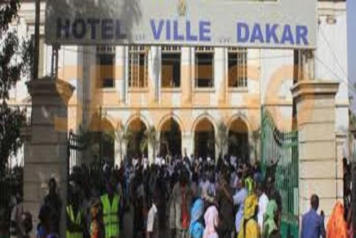 Vidéo de la mobilisation des militants au point de presse de Khalifa Sall à la Mairie de Dakar