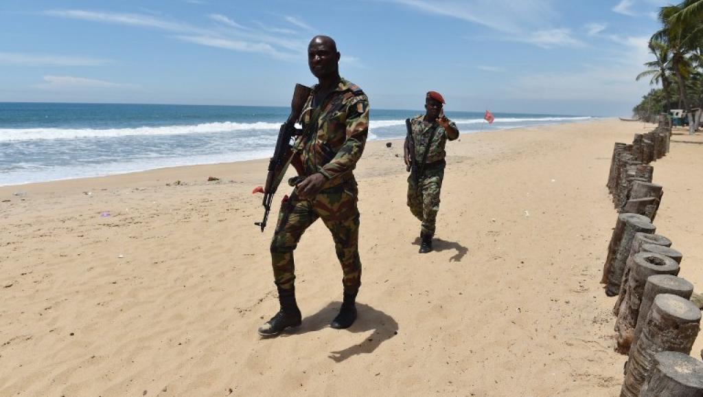 Côte d'Ivoire: un an après l'attentat de Grand-Bassam, où en est l'enquête?