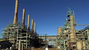 Libye: Haftar, l'homme fort de l'est, lance une offensive sur les sites pétroliers (porte-parole)