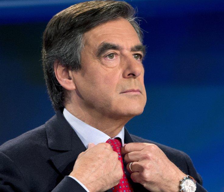 Soupçons d'emplois fictifs : François Fillon a été mis en examen