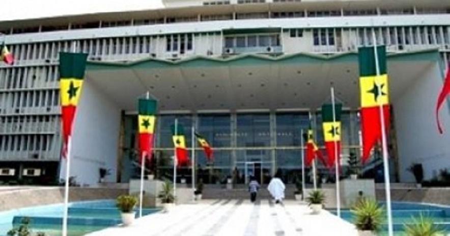 """DIRECT Séance plénière - Assemblée nationale: Moustapha Niasse """"ouvre"""" la séance - Une minute en hommage à Al Maktoum"""