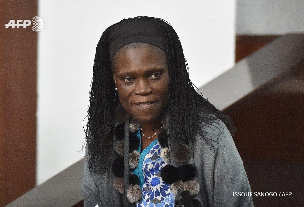 """Côte d'Ivoire: """"prison à vie"""" requis contre Simone Gbagbo"""