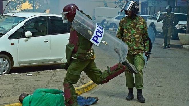 Kenya : ouverture d'une enquête contre un policier