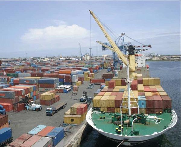 Hausse des tarifs sur le débarquement des marchandises : L'UNIES charge le Port Autonome de Dakar