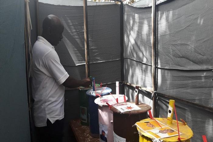 Gambie: les électeurs appelés aux urnes pour le premier scrutin post-Jammeh