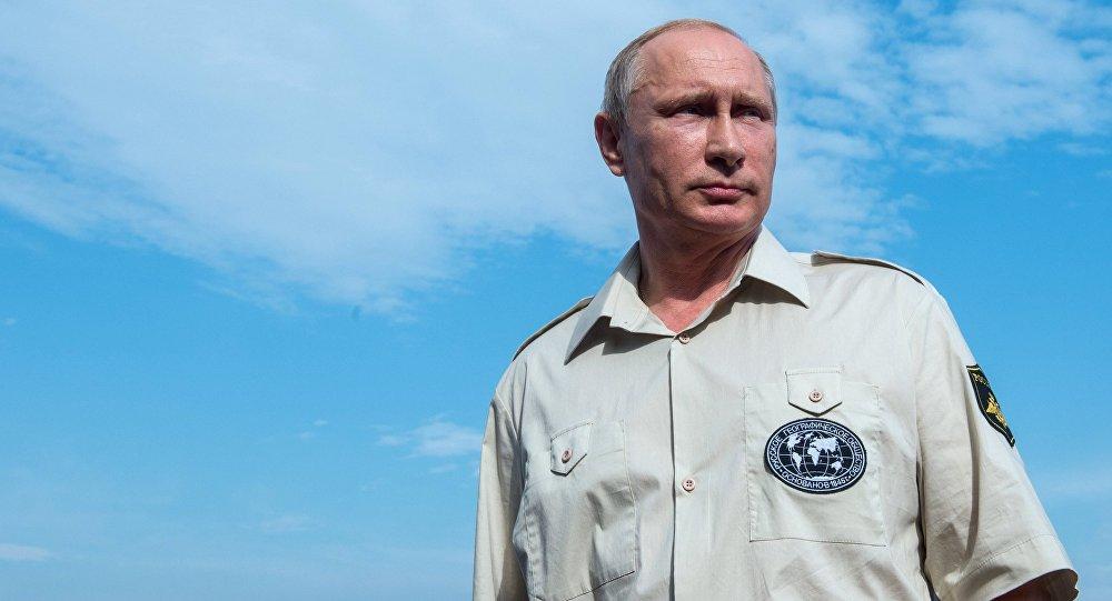 Frappes US en Syrie: Poutine réunit le Conseil de sécurité russe
