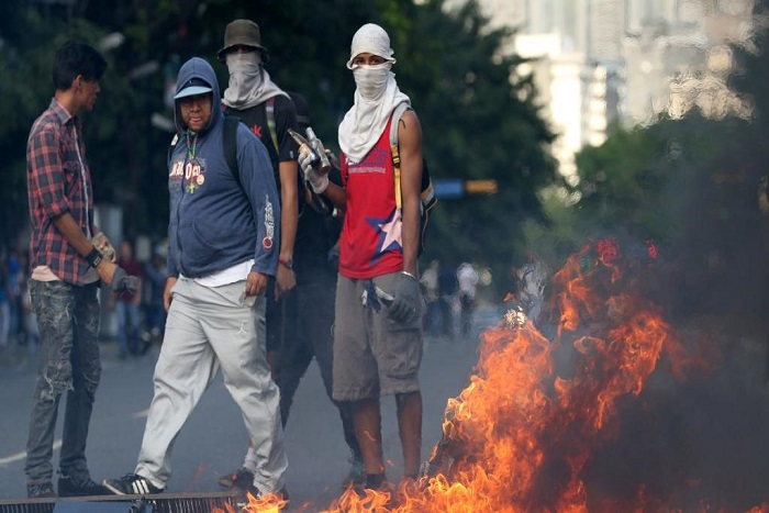 Venezuela: les opposants à Maduro se retrouvent une nouvelle fois dans la rue
