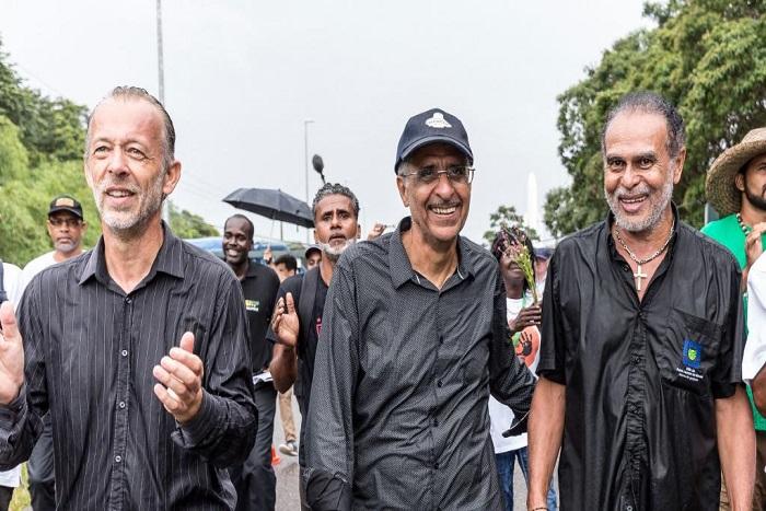 Crise sociale en Guyane: la lettre de François Hollande ne convainc pas