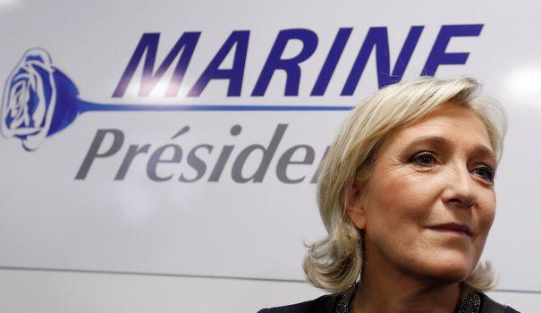 """Tentative d'incendie """"d'origine criminelle"""" au QG de Marine Le Pen"""