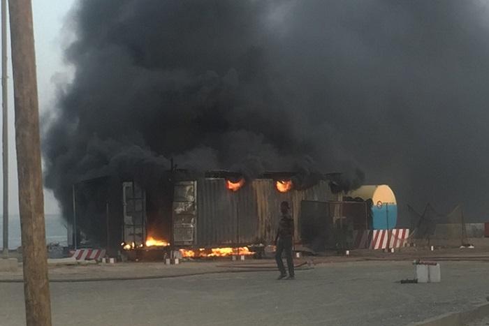 Urgent : incendie au quai de pêche de l'hydrobase