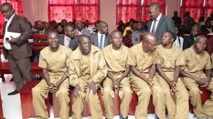 Angola : 7 opposants condamnés