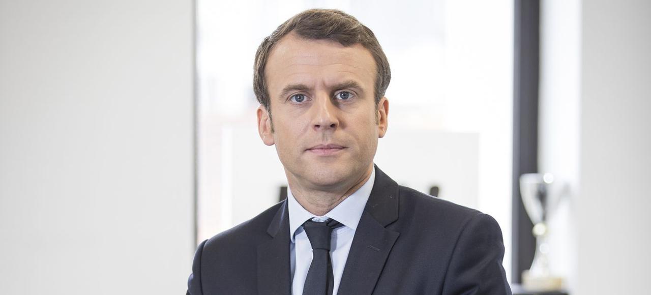 """Emmanuel Macron s'énerve contre le FN : """"Contrairement à Madame Le Pen, je ne suis pas dans la haine"""""""